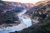 Photographie-pro-GArdon-Poulx-La-baume-fin-hiver-occitanie